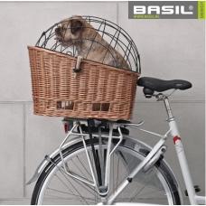 Basil Pasja (koerakorv pakiraamile)
